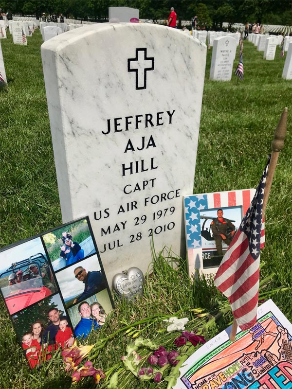 Captain Jeffery Hill Headstone