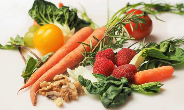Veggies, fruits and nuts