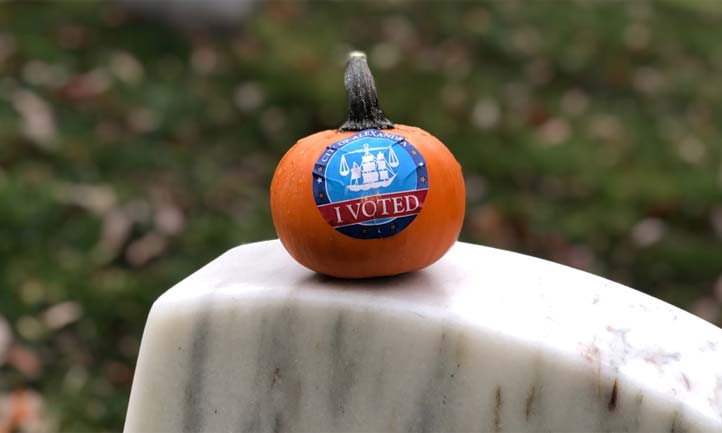 pumpkin on headstone